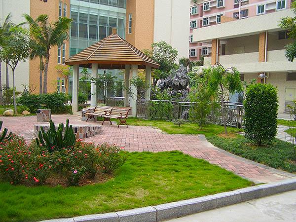 东莞园林工程设计中的经典元素之一是树篱,然而不幸的是